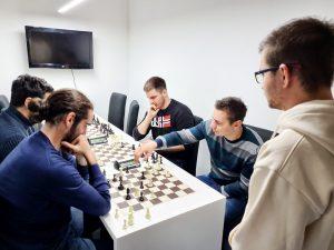 Школа шаха